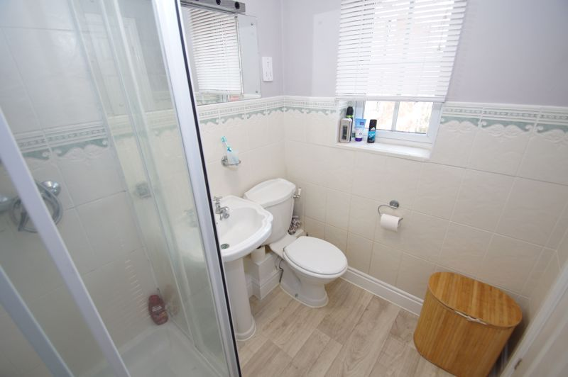 5 bed house for sale in Findon Close 18