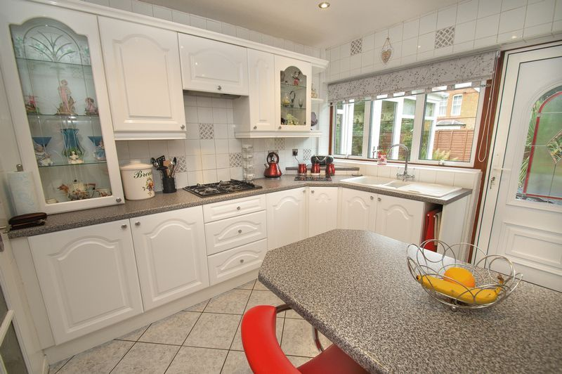3 bed bungalow for sale in Church Lane  - Property Image 8