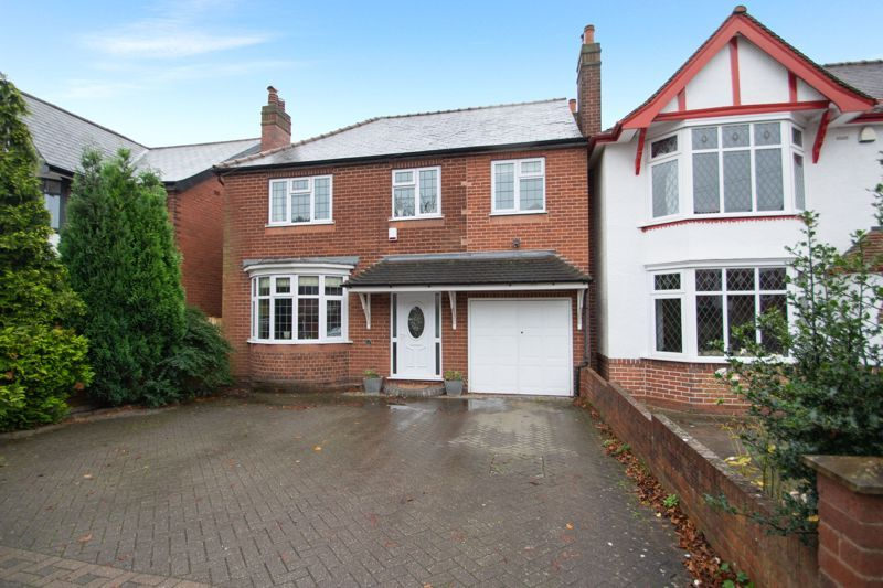 4 bed house for sale in Haden Park Road  - Property Image 1