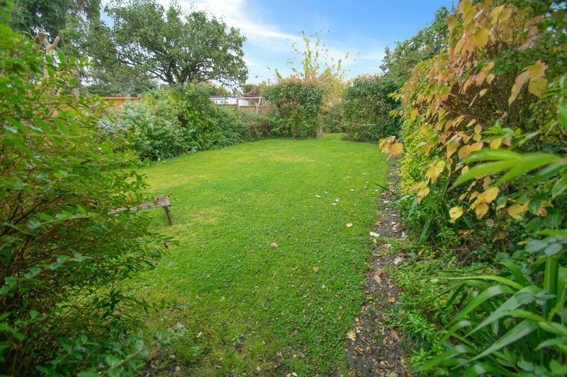 4 bed house for sale in Haden Park Road 12