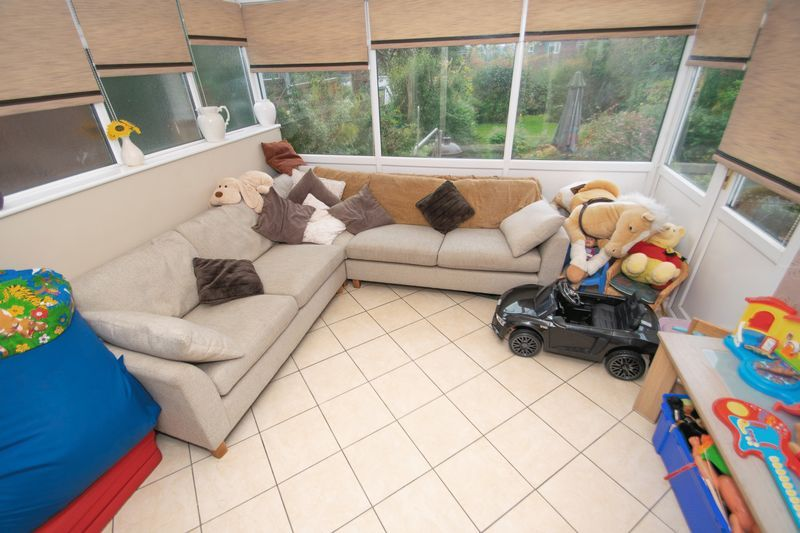 4 bed house for sale in Haden Park Road  - Property Image 5