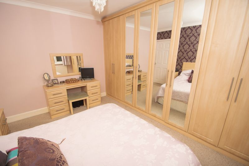 4 bed house for sale in Haden Park Road 7