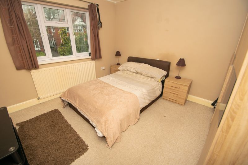 4 bed house for sale in Haden Park Road  - Property Image 8