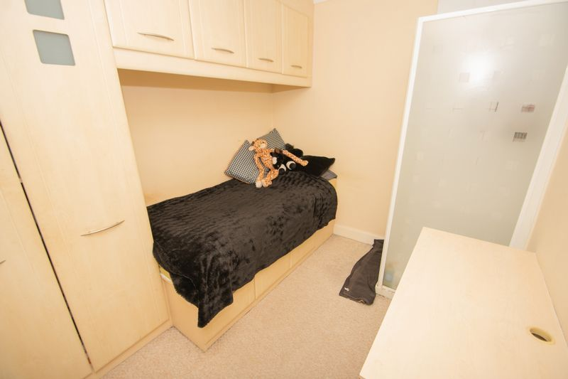 4 bed house for sale in Haden Park Road  - Property Image 10