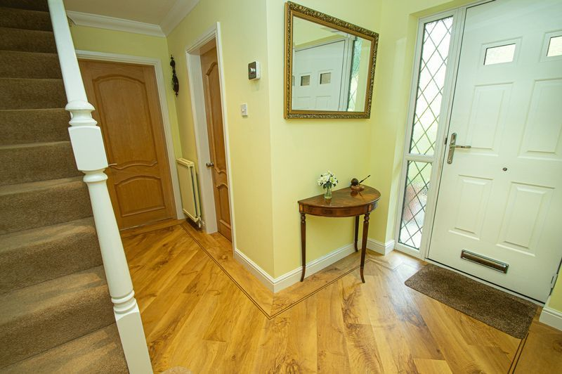 4 bed house for sale in Chesterton Close  - Property Image 11
