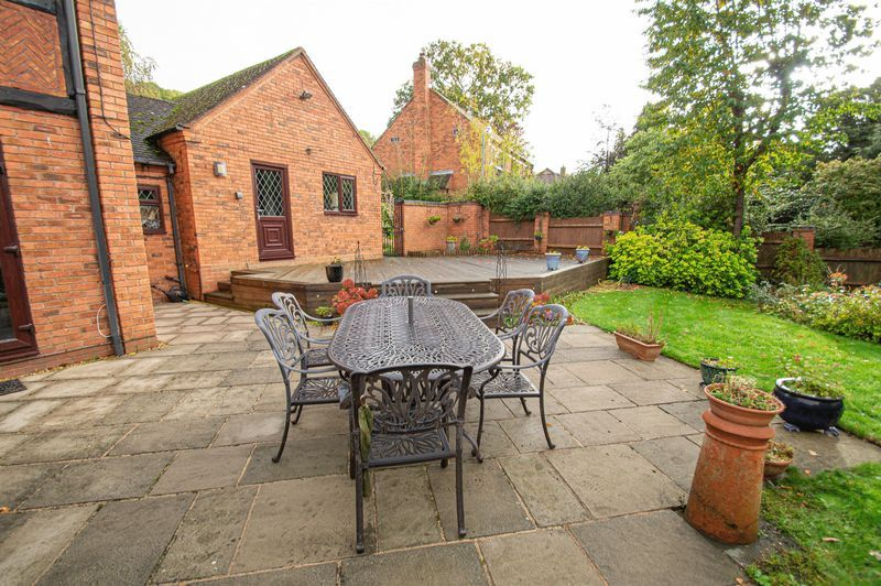 4 bed house for sale in Chesterton Close  - Property Image 20