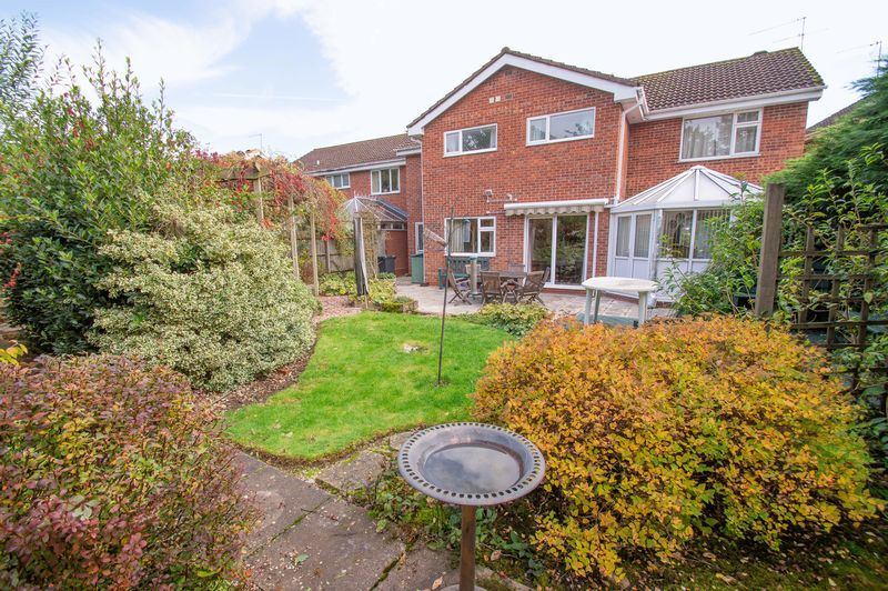 4 bed house for sale in Illshaw Close  - Property Image 14