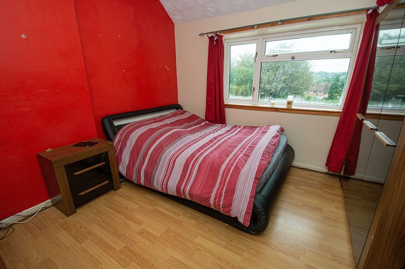3 bed house for sale in Huntingtree Road 8