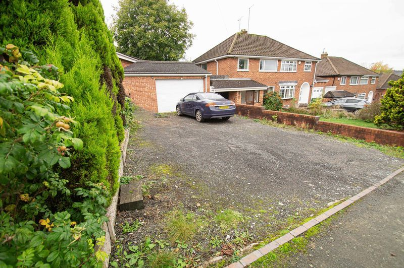 3 bed house for sale in Huntingtree Road 10