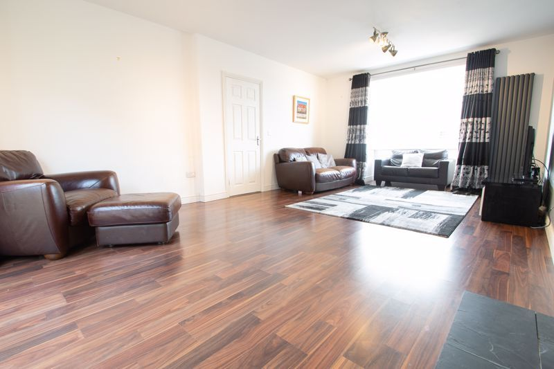 4 bed house for sale in Worcester Street  - Property Image 16