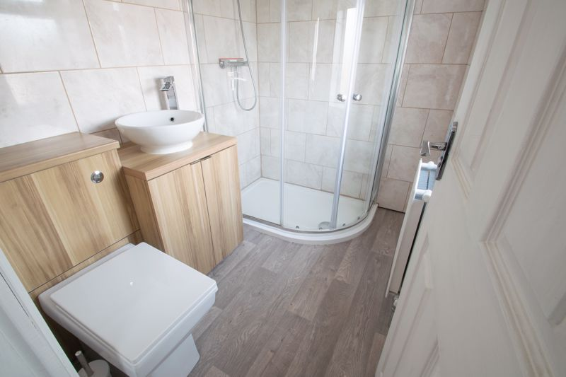 4 bed house for sale in Worcester Street 9