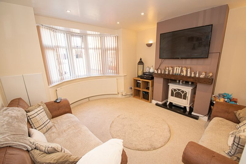 2 bed house for sale in Crabourne Road  - Property Image 2