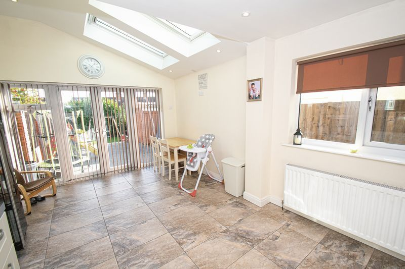 2 bed house for sale in Crabourne Road 5