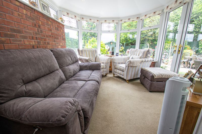 3 bed house for sale in Tythe Barn Close  - Property Image 4