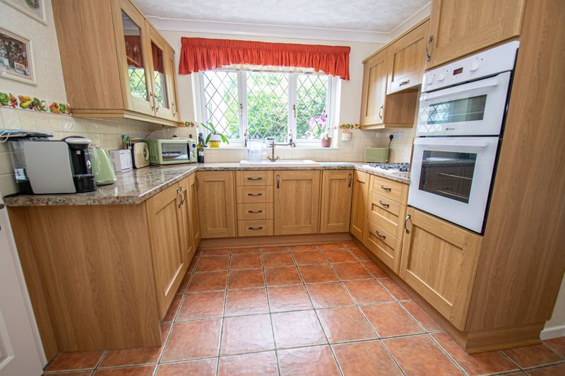 3 bed house for sale in Tythe Barn Close  - Property Image 5