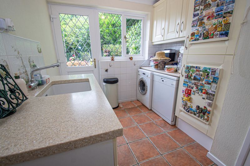 3 bed house for sale in Tythe Barn Close  - Property Image 7
