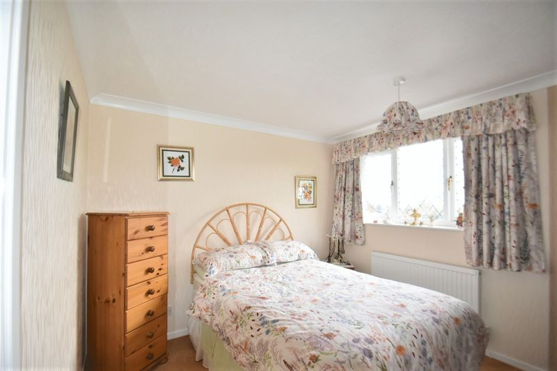 3 bed house for sale in Tythe Barn Close 9