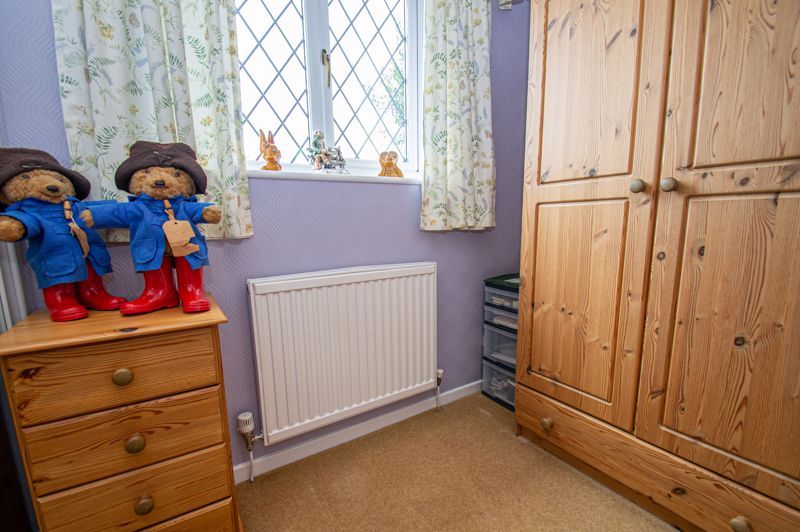 3 bed house for sale in Tythe Barn Close 10