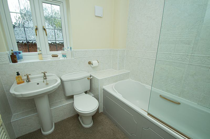 3 bed house for sale in Shakels Close  - Property Image 12