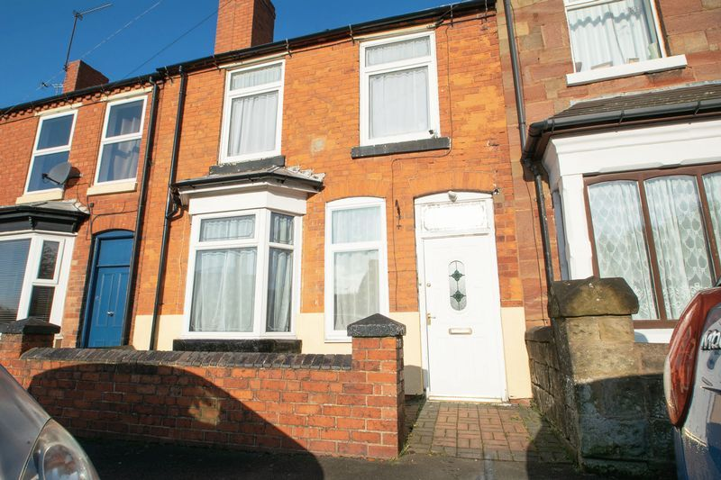 3 bed house for sale in Hagley Road 1
