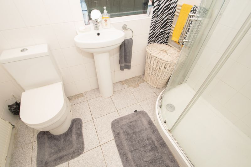 3 bed house for sale in Hagley Road  - Property Image 6