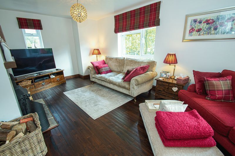 3 bed house for sale in Longhope Close  - Property Image 9