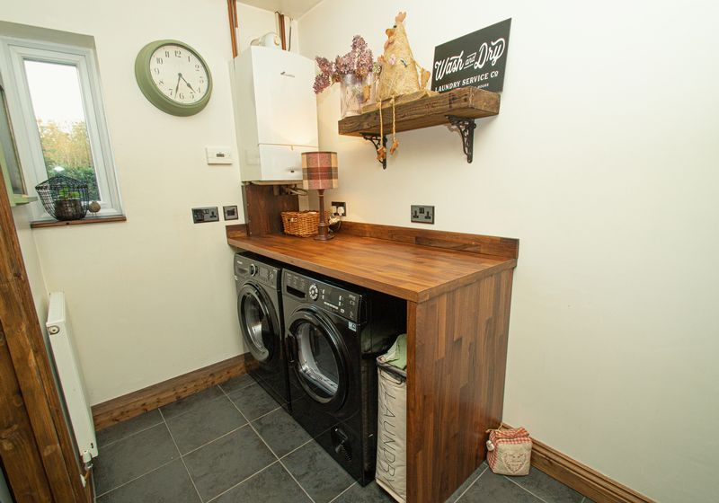 3 bed house for sale in Longhope Close  - Property Image 10