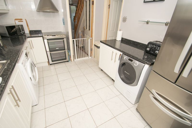 3 bed house for sale in Trimpley Road 5