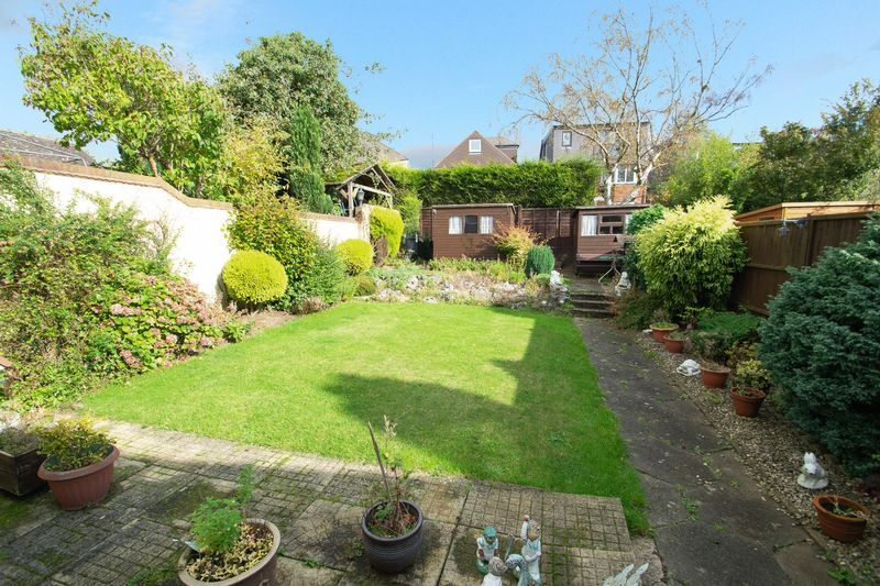 3 bed house for sale in Raddens Road 11