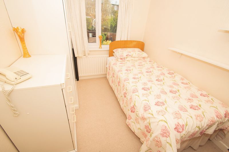 3 bed house for sale in Raddens Road 9