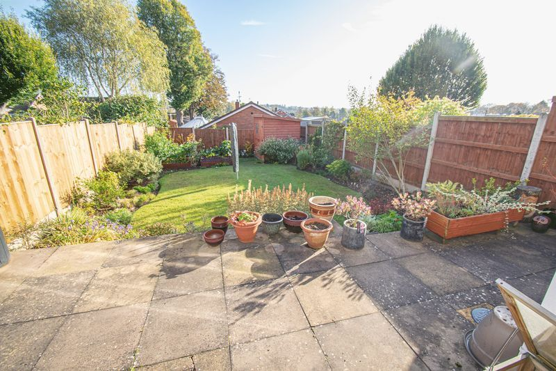 3 bed house for sale in Fernleigh Gardens 16