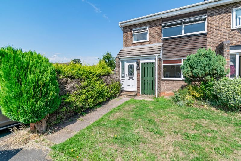 3 bed house for sale in Pennine Road 1