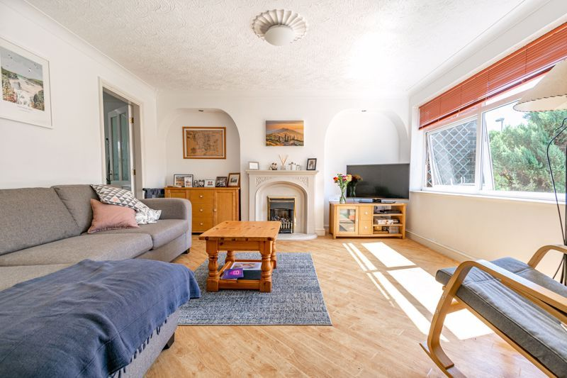 3 bed house for sale in Pennine Road 2