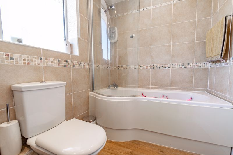 3 bed house for sale in Pennine Road 12