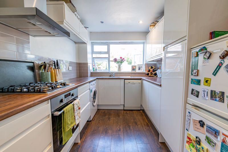 3 bed house for sale in Pennine Road 6