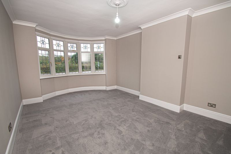 4 bed house for sale in Hagley Road 11