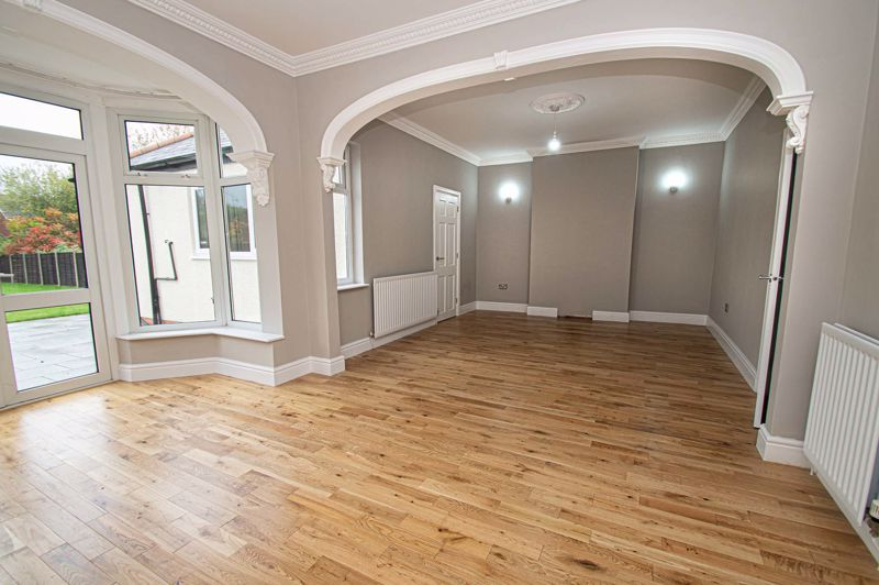4 bed house for sale in Hagley Road  - Property Image 4