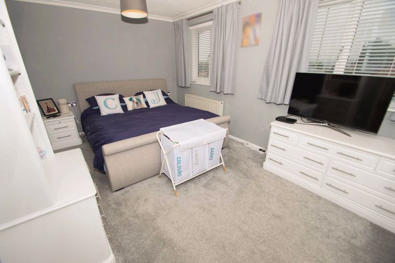 3 bed house for sale in Hagley Road 7