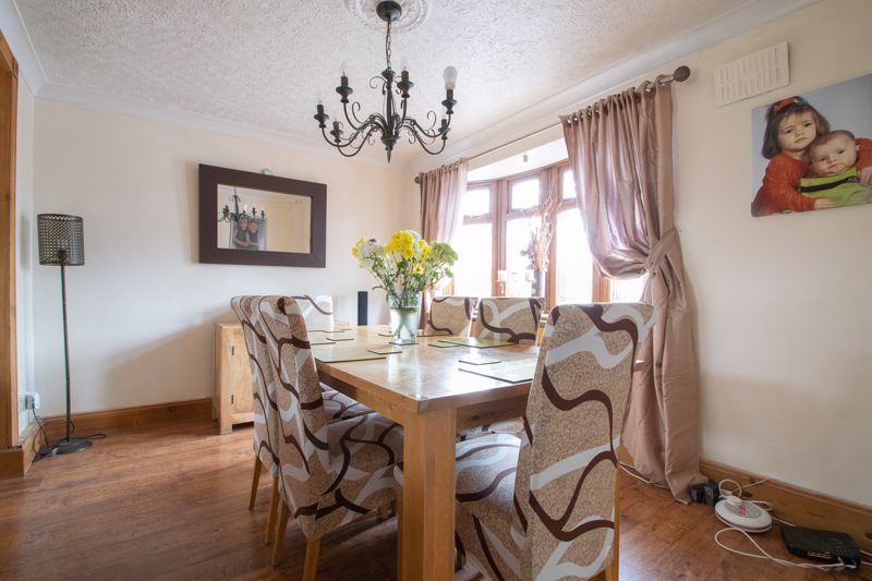 3 bed house for sale in Bournebrook Crescent 6