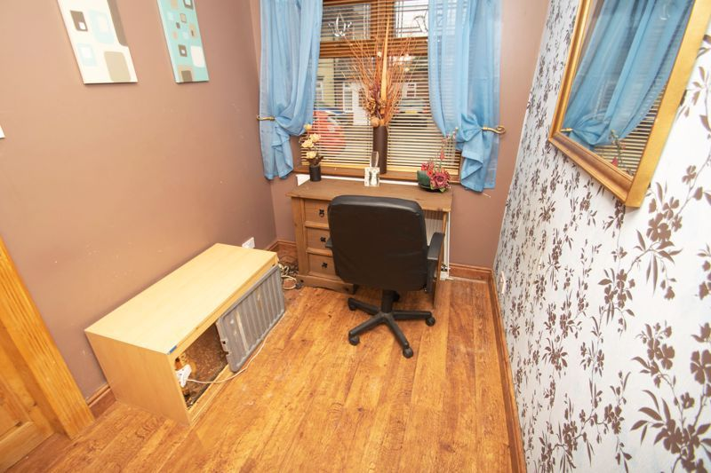 3 bed house for sale in Bournebrook Crescent 7