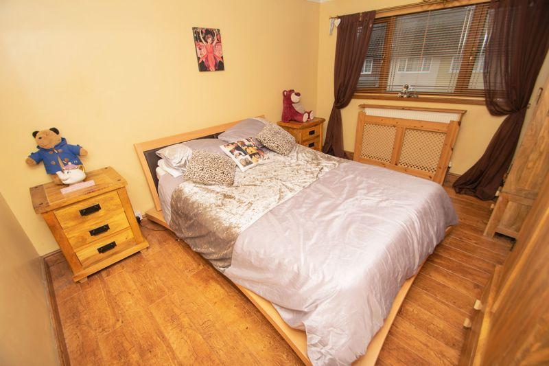 3 bed house for sale in Bournebrook Crescent 9