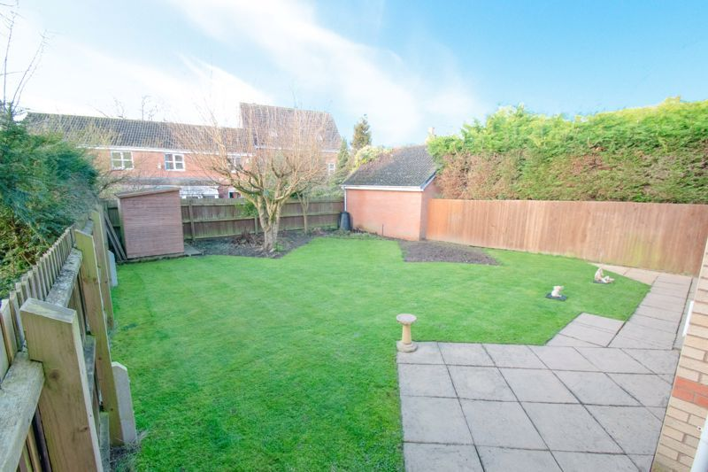 4 bed house for sale in Alhambra Road  - Property Image 13