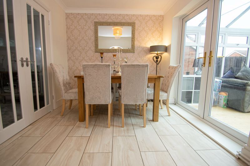 3 bed house for sale in Nottingham Way 4