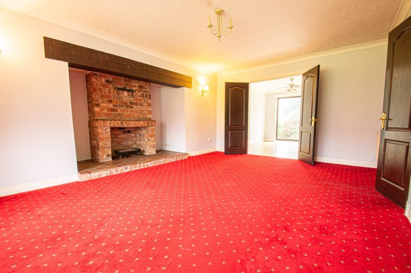 5 bed house for sale in Purshall Close  - Property Image 15