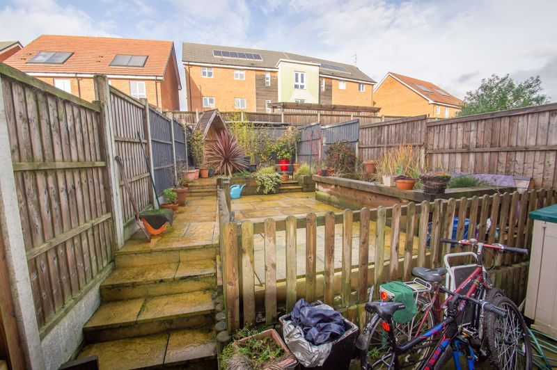 4 bed house for sale in Arlingham Avenue 14