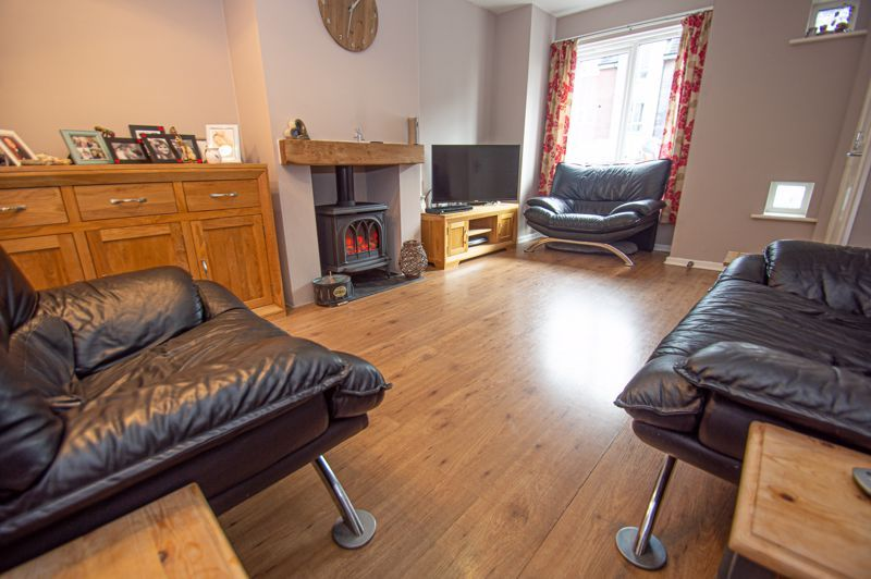 4 bed house for sale in Arlingham Avenue 3