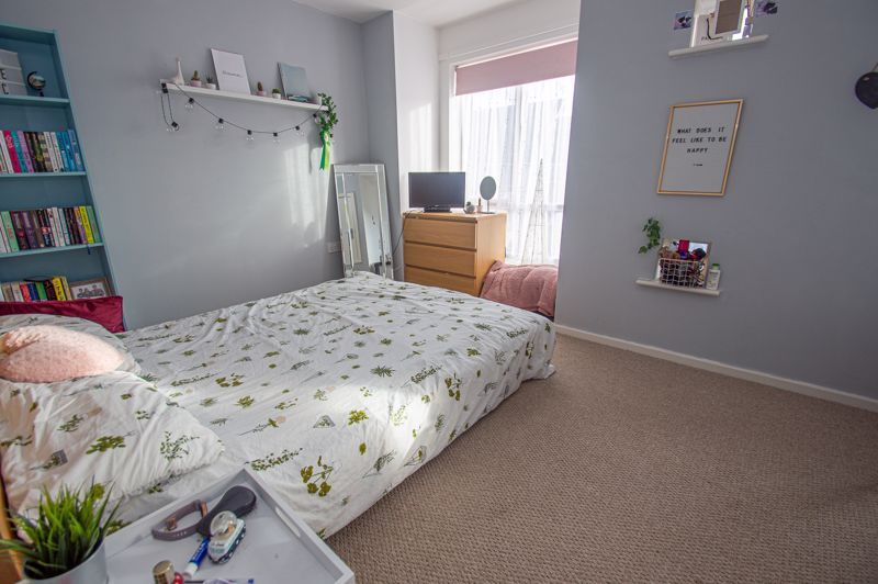 4 bed house for sale in Arlingham Avenue 9