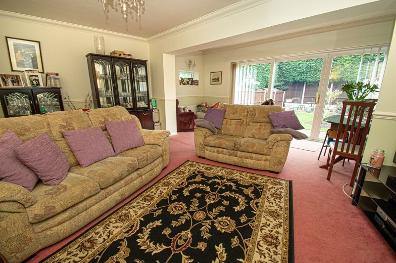 3 bed house for sale in Leavale Road 2