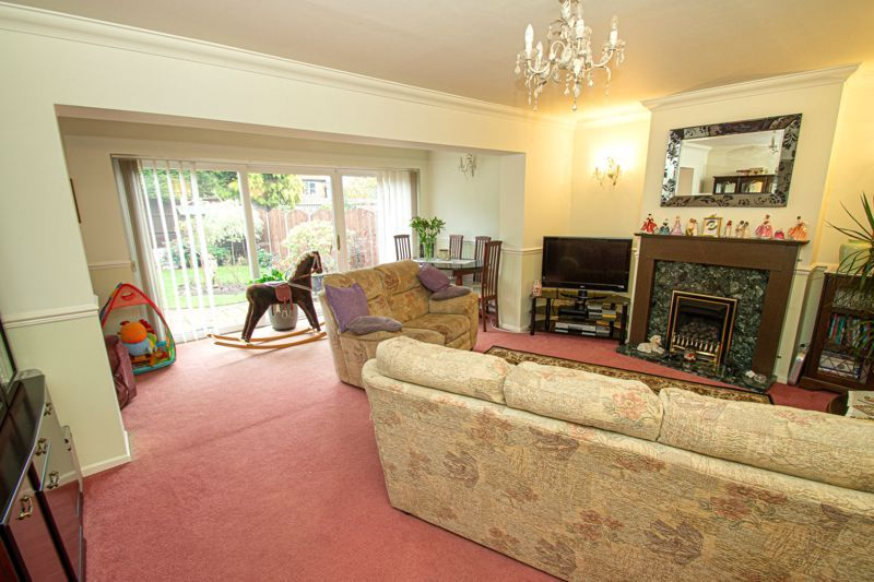 3 bed house for sale in Leavale Road 4
