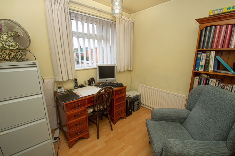 3 bed house for sale in Leavale Road 7